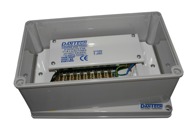 IP66 Weather resistant 8 x 12V 500mA DC Multi-purpose 4A power supply