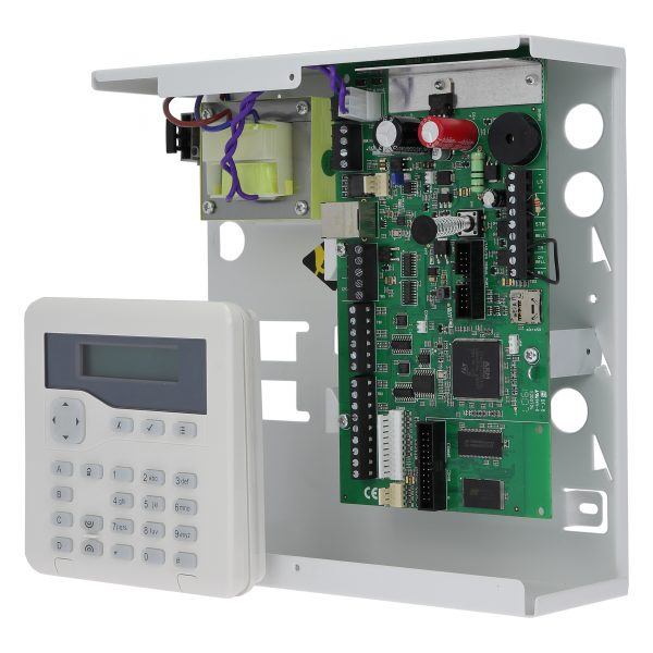 Hybrid control panel expandable to 50 zones